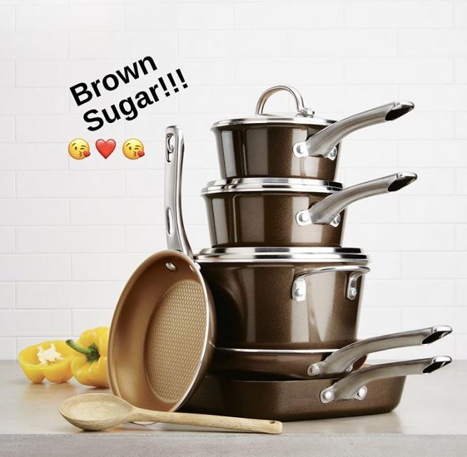 Porcelain Enamel Cookware Set in Brown Sugar
