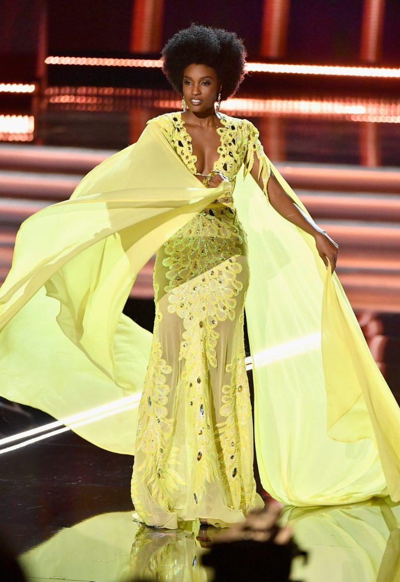 [#MelaninMoments] (Beauty) Queen Edition: Davina Bennett x Miss Universe Pageant!